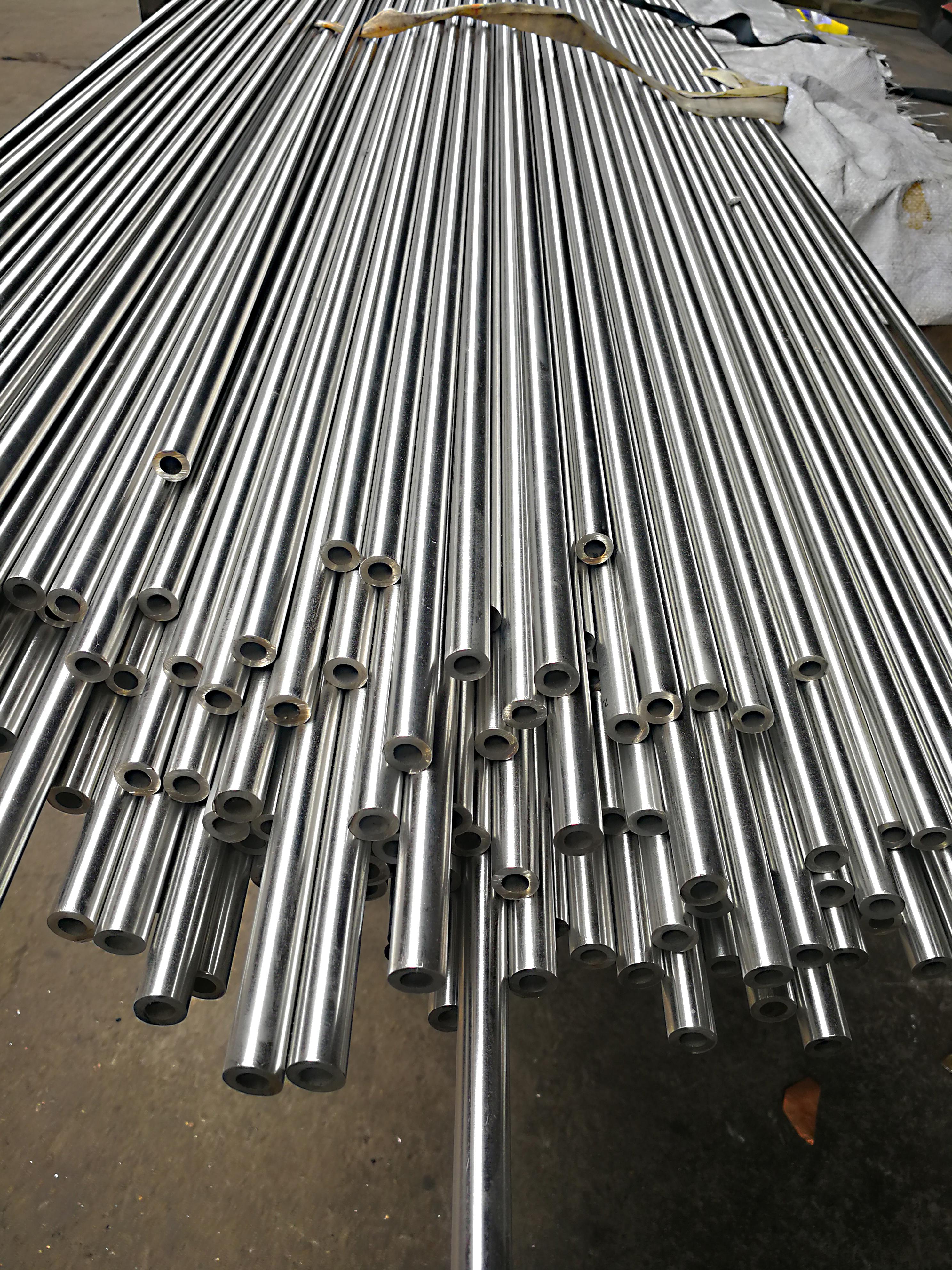 9.5*0.3精密不锈钢管316材质主要作耐点蚀材料用于海水(图1)