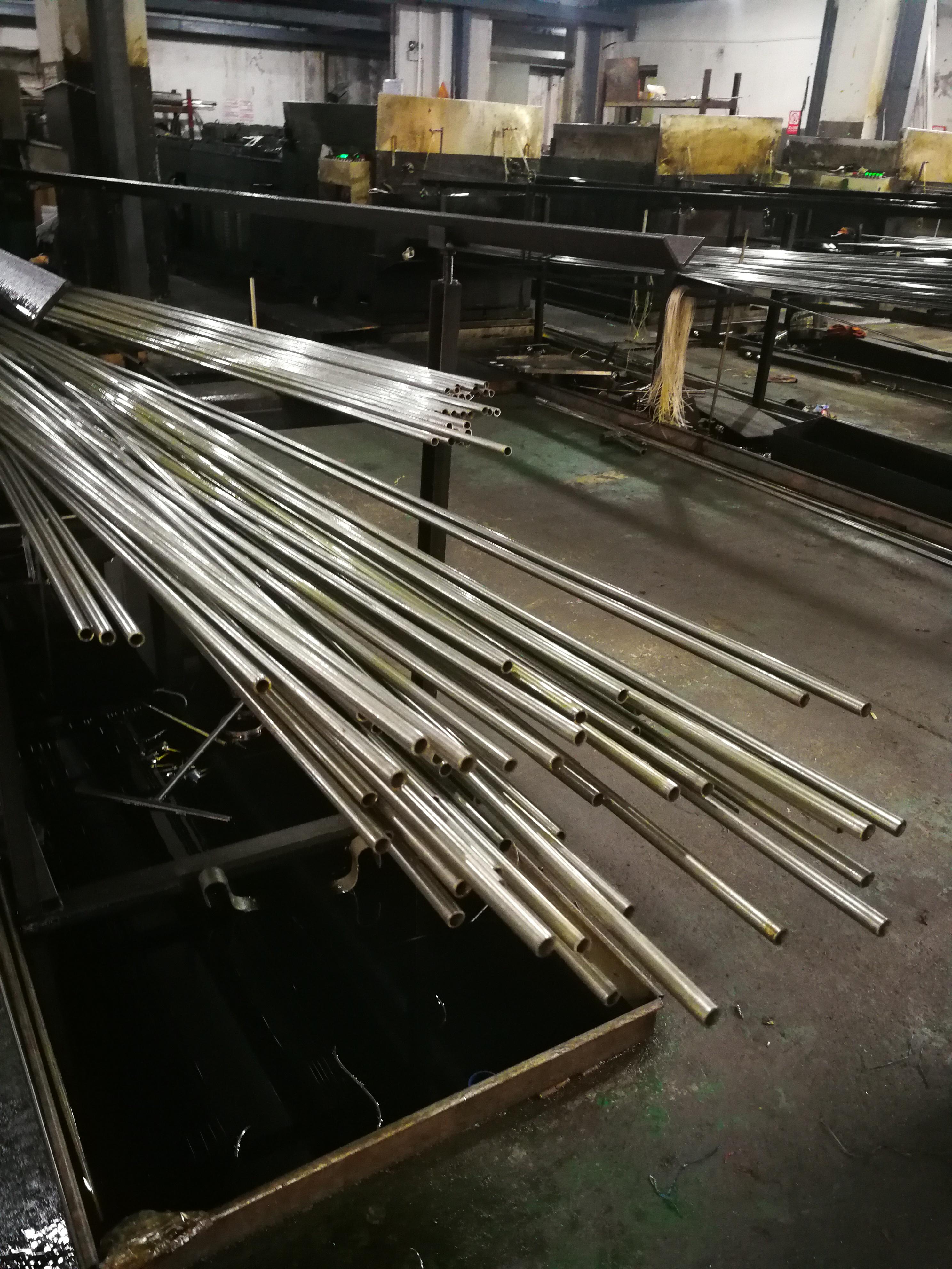 12.7*0.3精密不锈钢管采用TP316L不锈钢精轧HV5硬度≥325(图3)