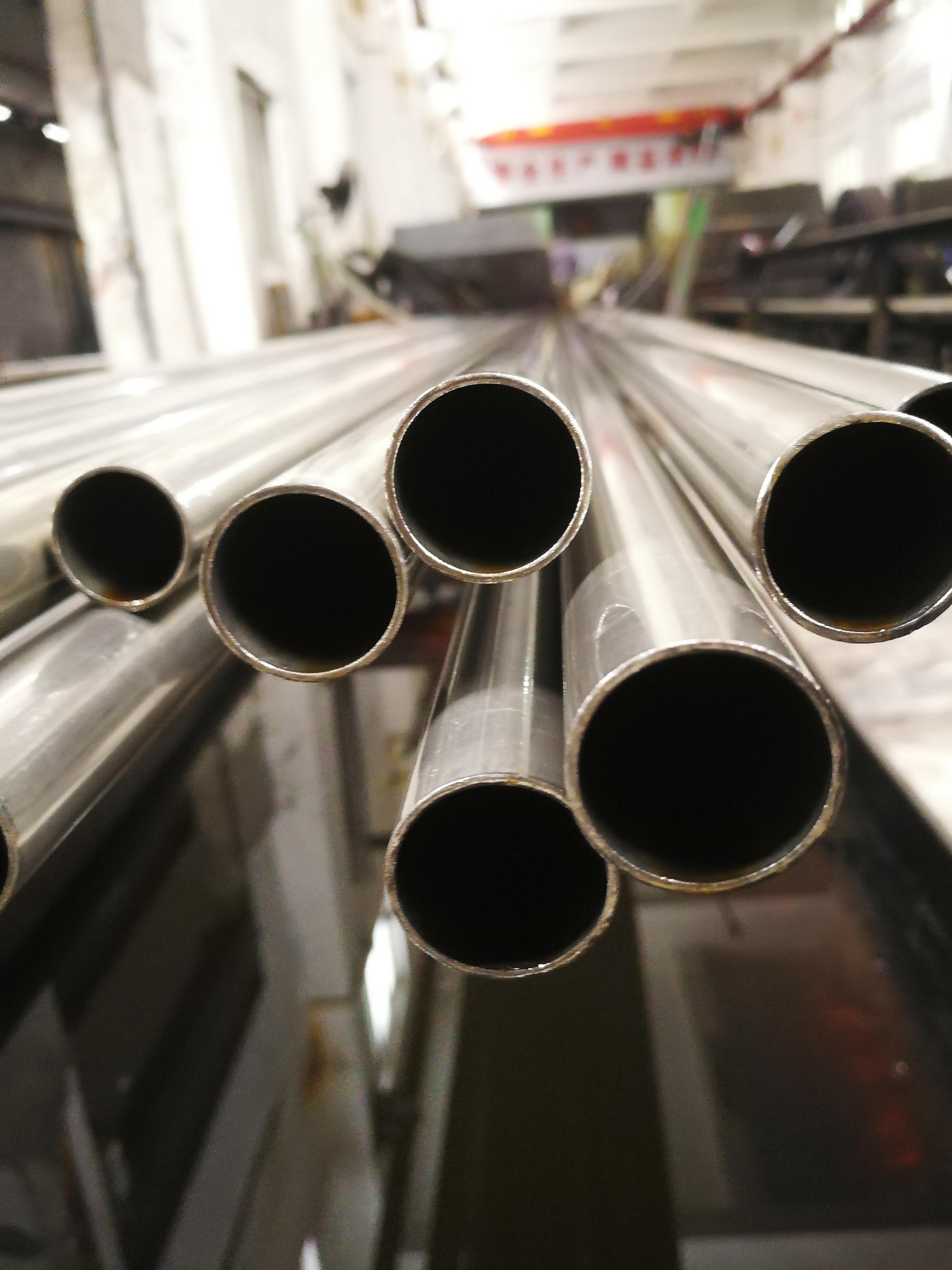 33*0.5精密不锈钢管原料的抛光性能取决于管坯表面质量(图3)