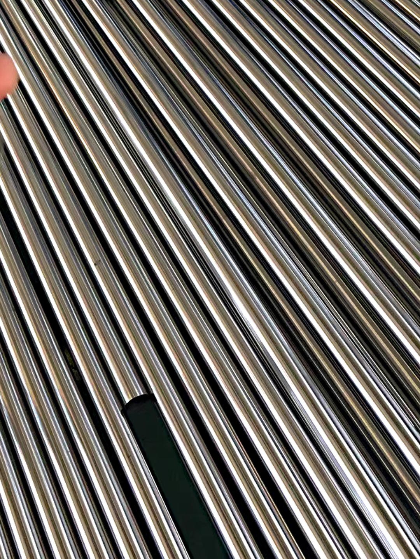 20*1精密不锈钢管包装工艺是抛光后套PE塑料薄膜袋然后再装入木箱(图1)